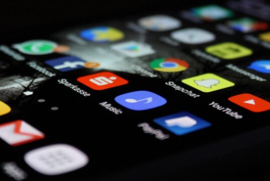 WHAT MAKES A SMARTPHONE SMART?